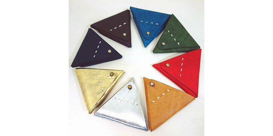 UN-SYMMETRY TRIANGLE COIN CASE GOLD